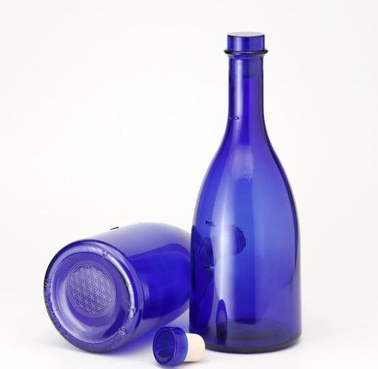 Acqua solarizzata blu