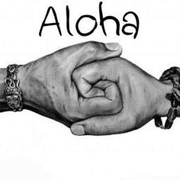Aloha mani intrecciate
